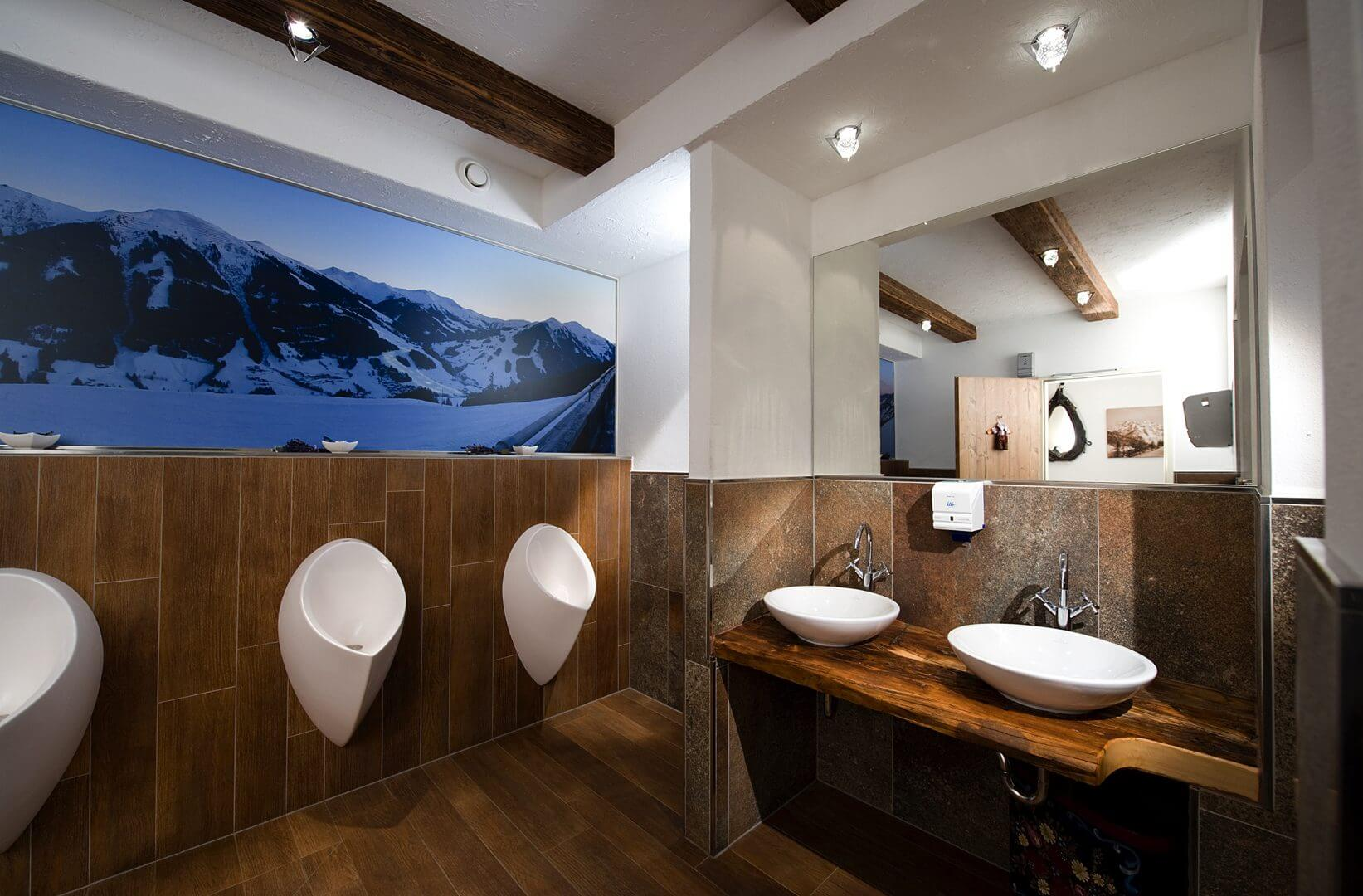 fliesen in bad nassr umen fliesen verlegen lassen pinzgau eberl. Black Bedroom Furniture Sets. Home Design Ideas